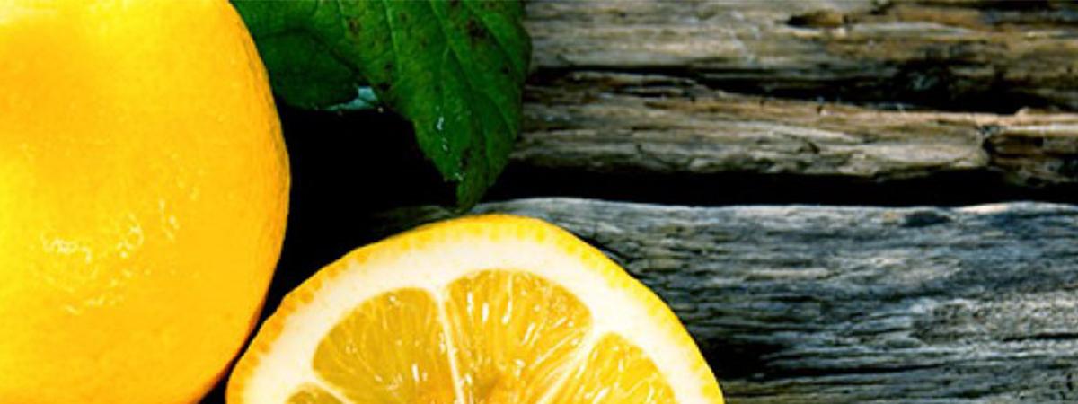 10 Amazing Benefits of Lemons